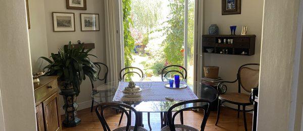 BUTTE SAINTE ANNE –  Belle maison ancienne